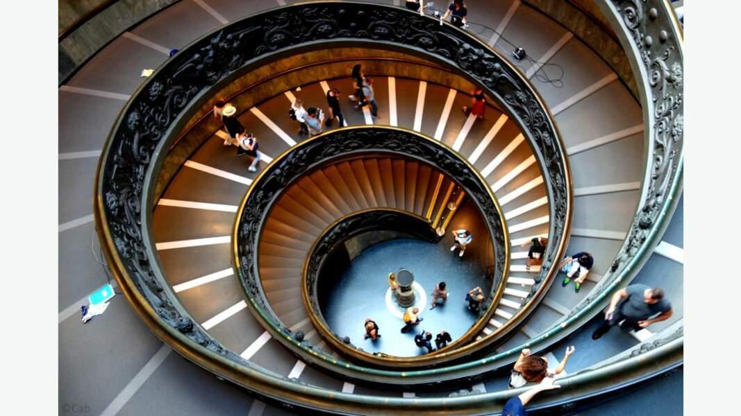 Escalier de Bramante, musées du Vatican à Rome, Italie