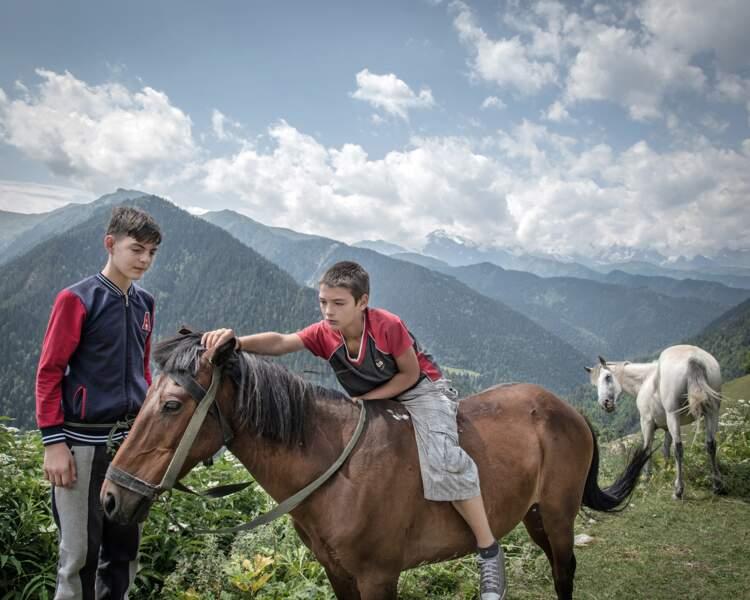 Jeunes cavaliers expérimentés