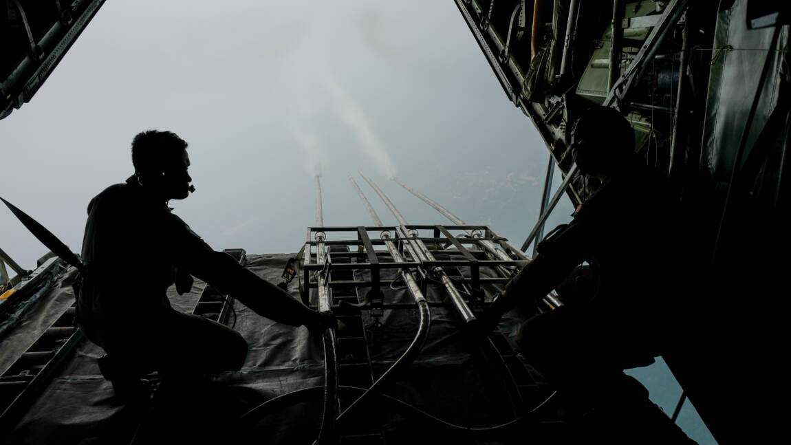 L'Indonésie déclenche des pluies artificielles pour prévenir les feux de forêt
