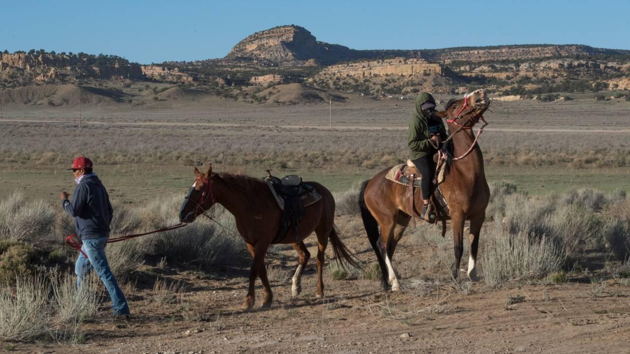 Etats-Unis : la pandémie met en évidence le manque criant d'eau chez les Navajos
