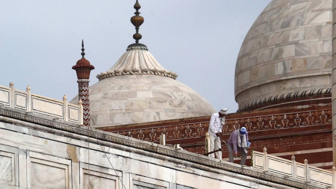 Le Taj Mahal endommagé par de violents orages meurtriers