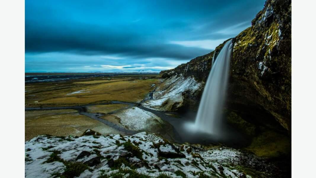 Magnifique cascade de Seljalandsfoss