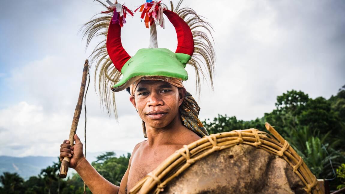 Indonésie : ces sports sacrés et sanglants pratiqués à Bali, Flores et Lombok