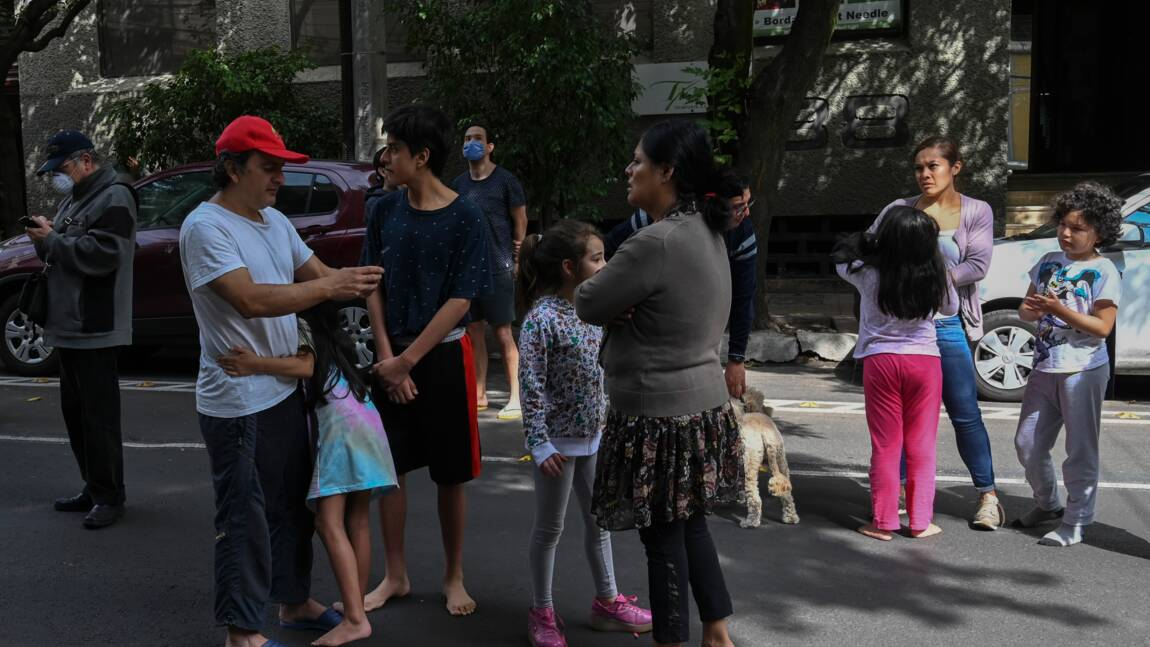 Fort séisme dans le sud du Mexique, alerte au tsunami