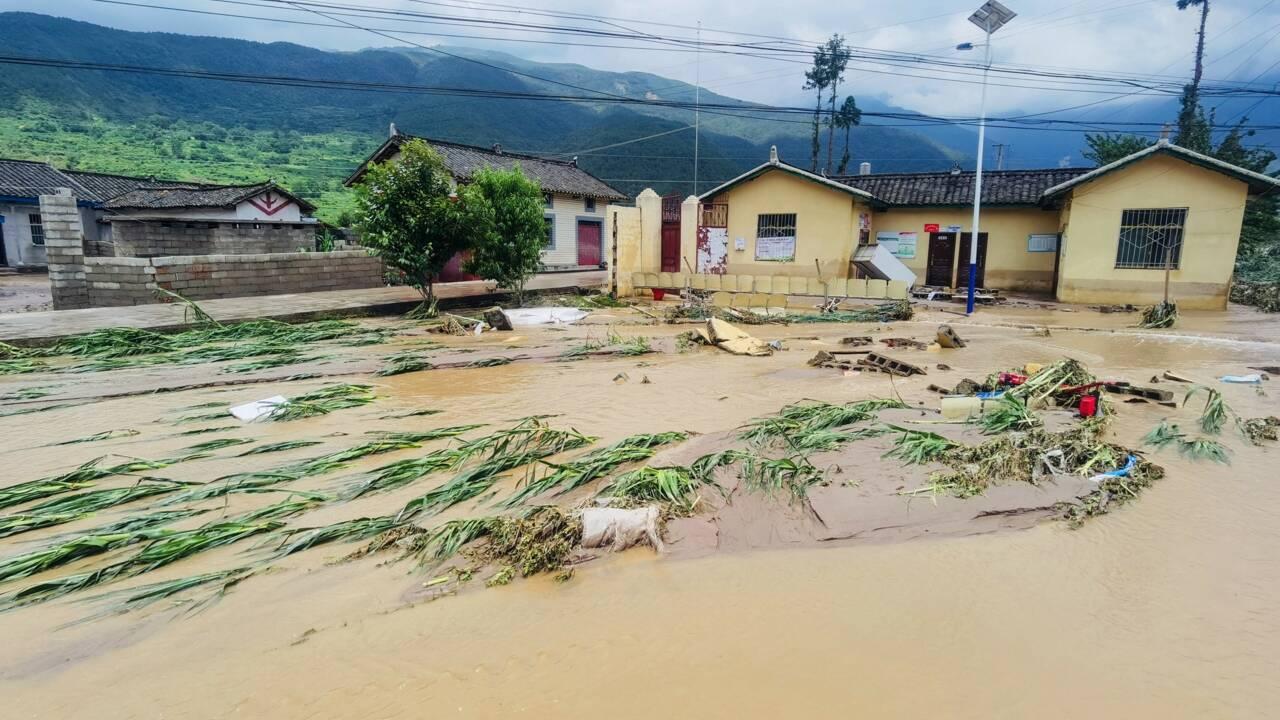 Chine: 12 morts après des inondations dans le Sud-Ouest