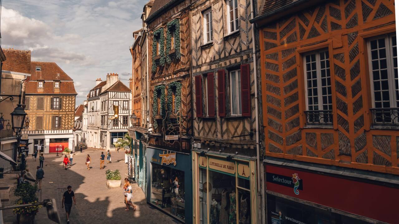9 villes de charme à découvrir en France