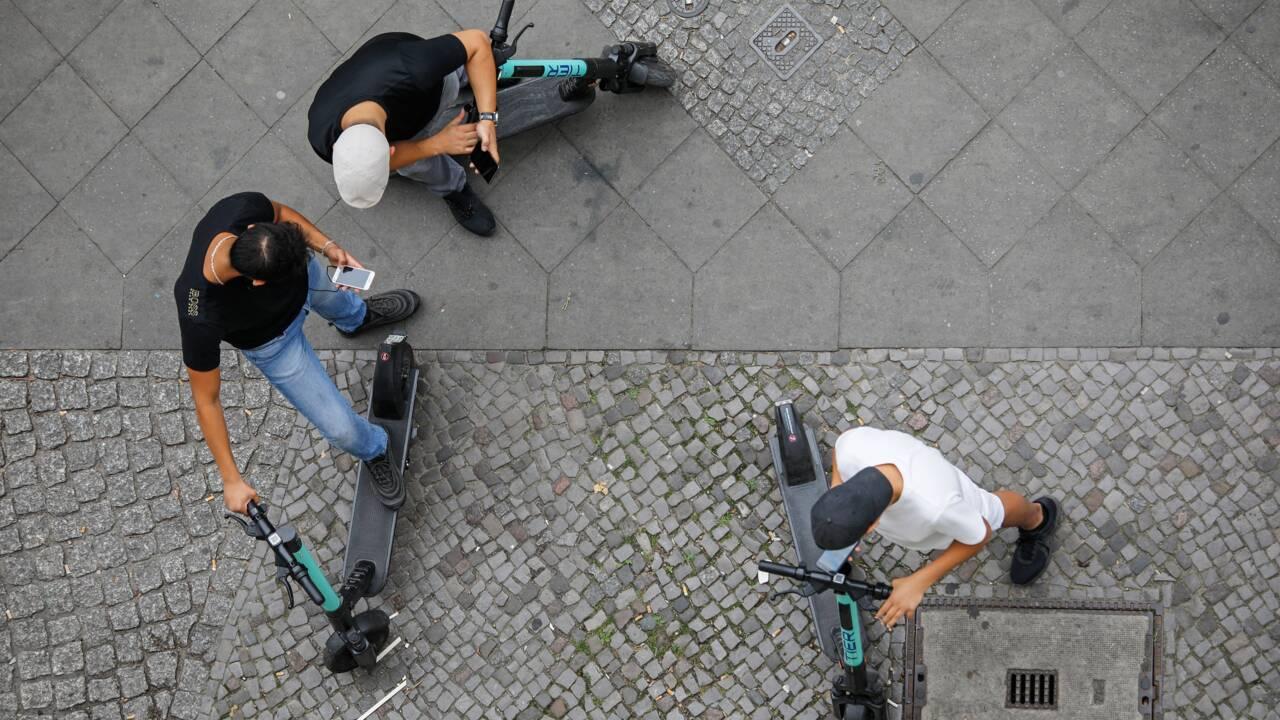 Trottinettes et vélos électriques en libre-service à Grenoble