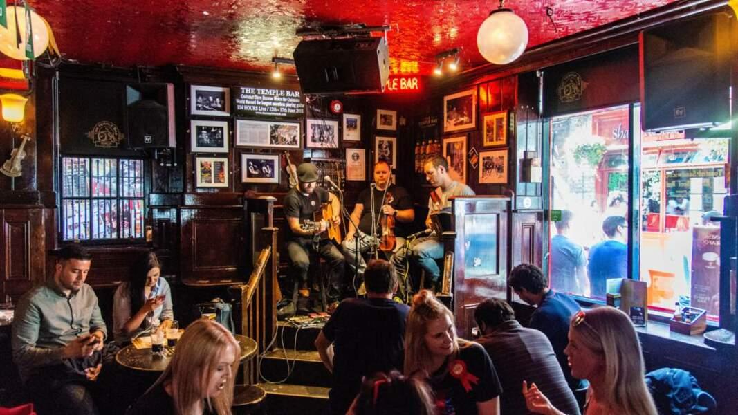 Le pub est aussi un lieu pour écouter des concerts en live