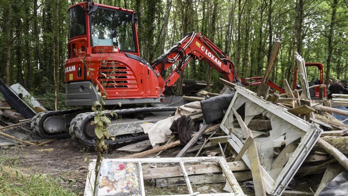 """Notre-Dame-des-Landes: opération de """"déconstruction"""" de deux squats illégaux"""