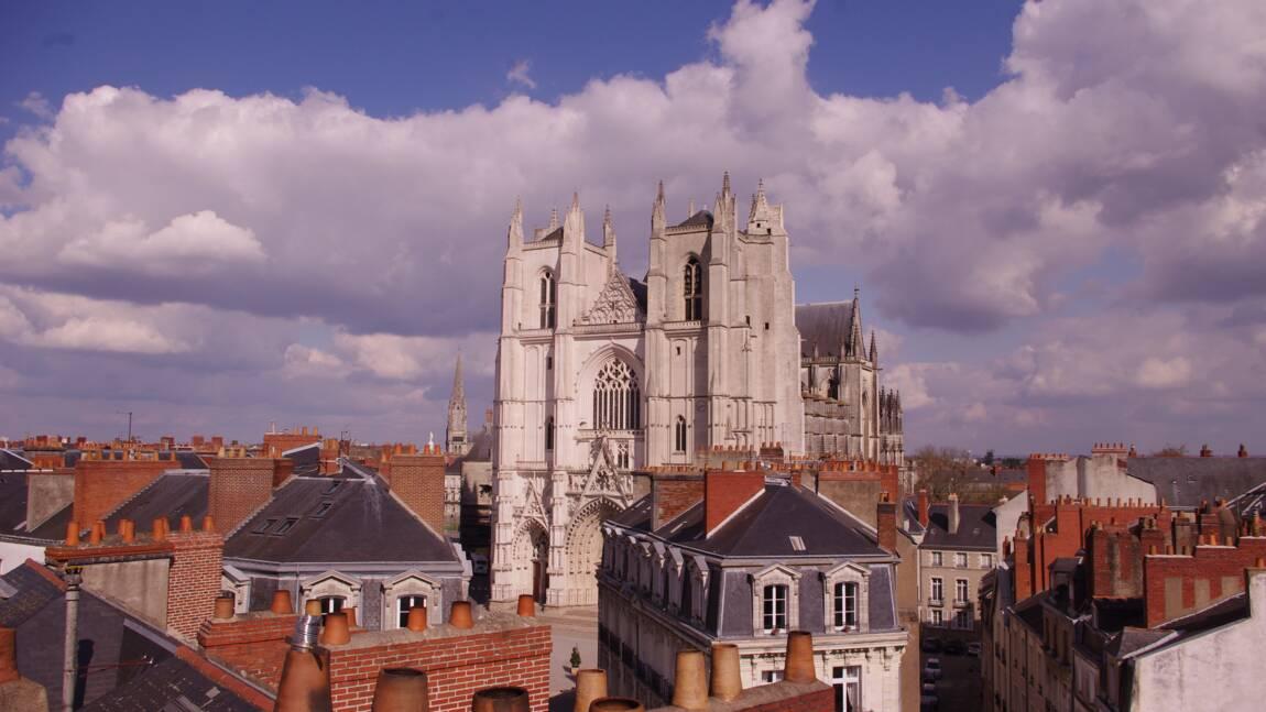 Les incertitudes demeurent après l'incendie dans la cathédrale de Nantes