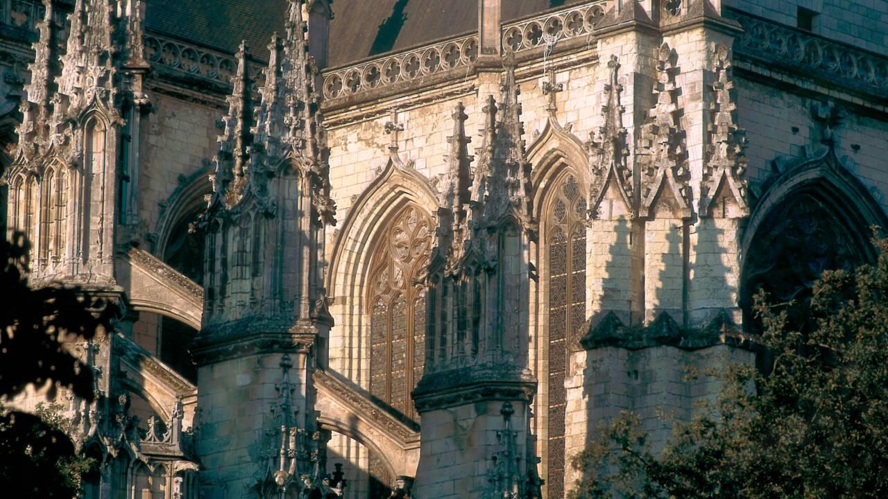 Incendie dans la cathédrale de Nantes : le bénévole placé en détention provisoire