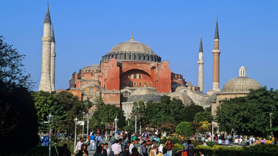 Turquie: première prière de l'Aïd à Sainte-Sophie reconvertie en mosquée