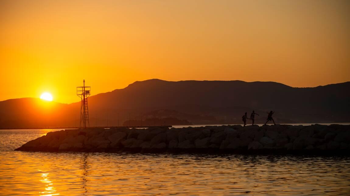 Grèce: vent debout contre un complexe touristique de luxe à Corfou