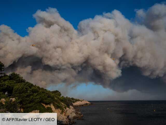 Incendie près de Marseille: 1.200 évacuations avant une nuit de lutte contre le feu