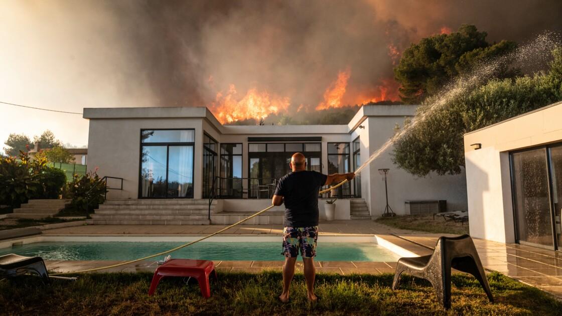 Incendie près de Marseille: 2.700 personnes évacuées, le feu pas encore maîtrisé