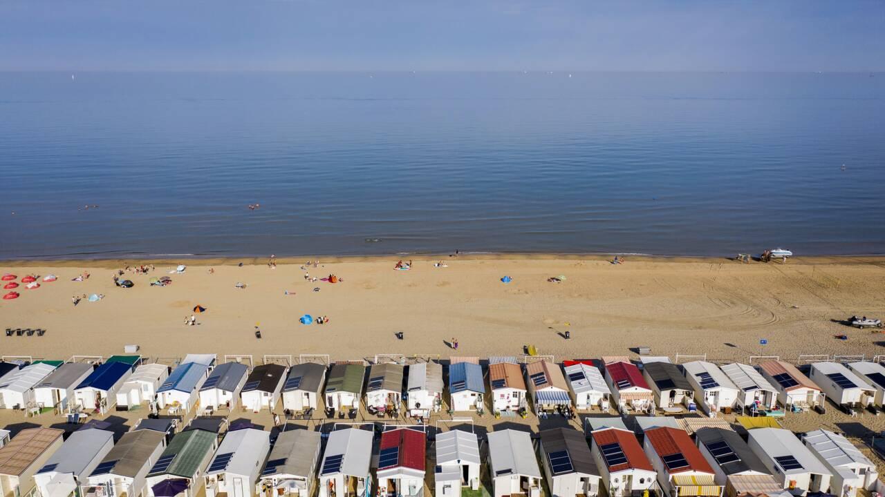 Transpirant sous leurs masques, les Européens se ruent vers les plages