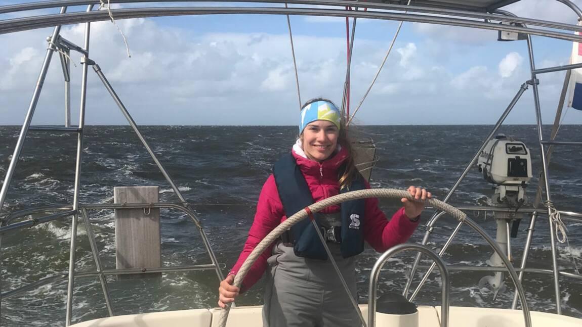 """Laura Dekker, cette navigatrice qui veut """"vaincre l'Atlantique"""" avec des ados"""