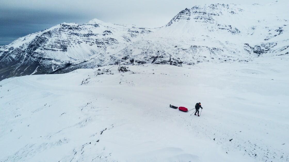 Il a traversé d'est en ouest le plus grand glacier d'Islande en solitaire, une première