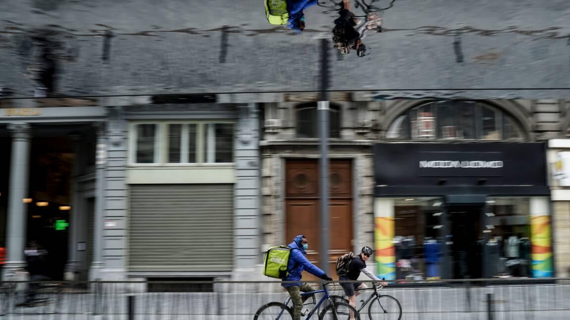 Rétropédalage à Bruxelles: les cyclistes pourront finalement rouler sans masque