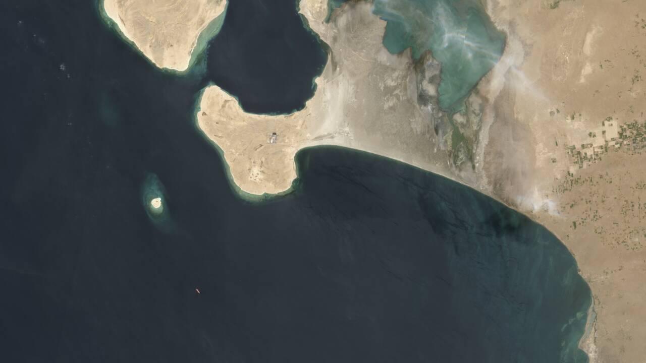 Risque d'explosion d'un pétrolier au large du Yémen, désaccords persistants