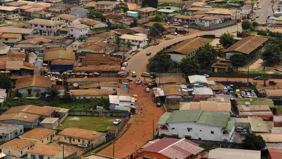 60 ans après l'indépendance du Gabon, la France à chaque coin de rue de Libreville