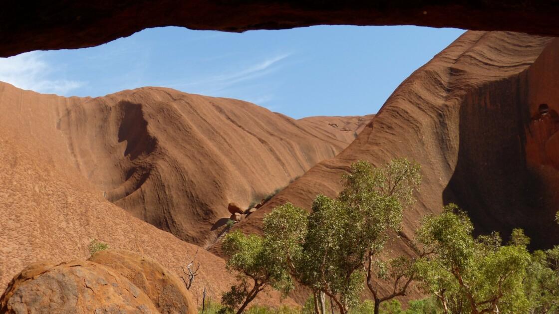 Suite à la destruction d'une grotte aborigène, le patron de Rio Tinto doit renoncer à 3 millions d'euros de bonus
