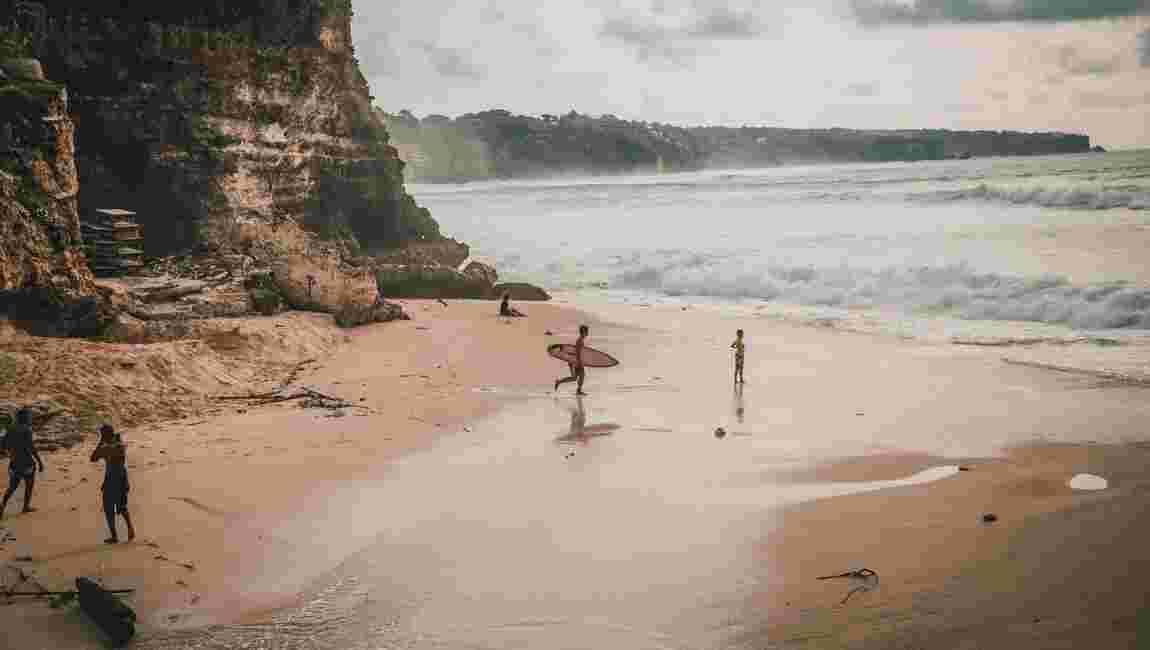 Covid-19 : Bali n'accueillera pas de touristes étrangers avant fin 2020