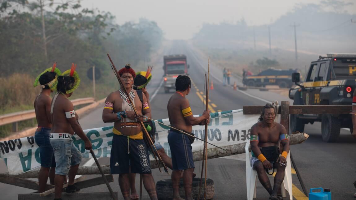 Brésil : des indigènes lèvent leur barrage sur une route