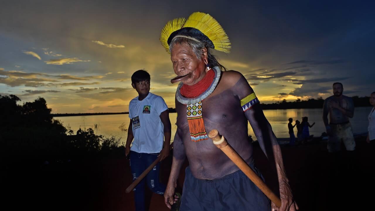 """Amazonie: Raoni dénonce les """"mensonges"""" de Bolsonaro sur les incendies"""