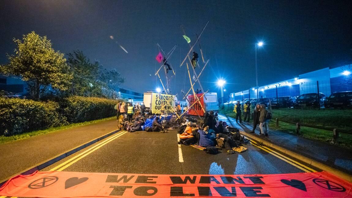Grande-Bretagne: Extinction Rebellion perturbe la distribution de journaux