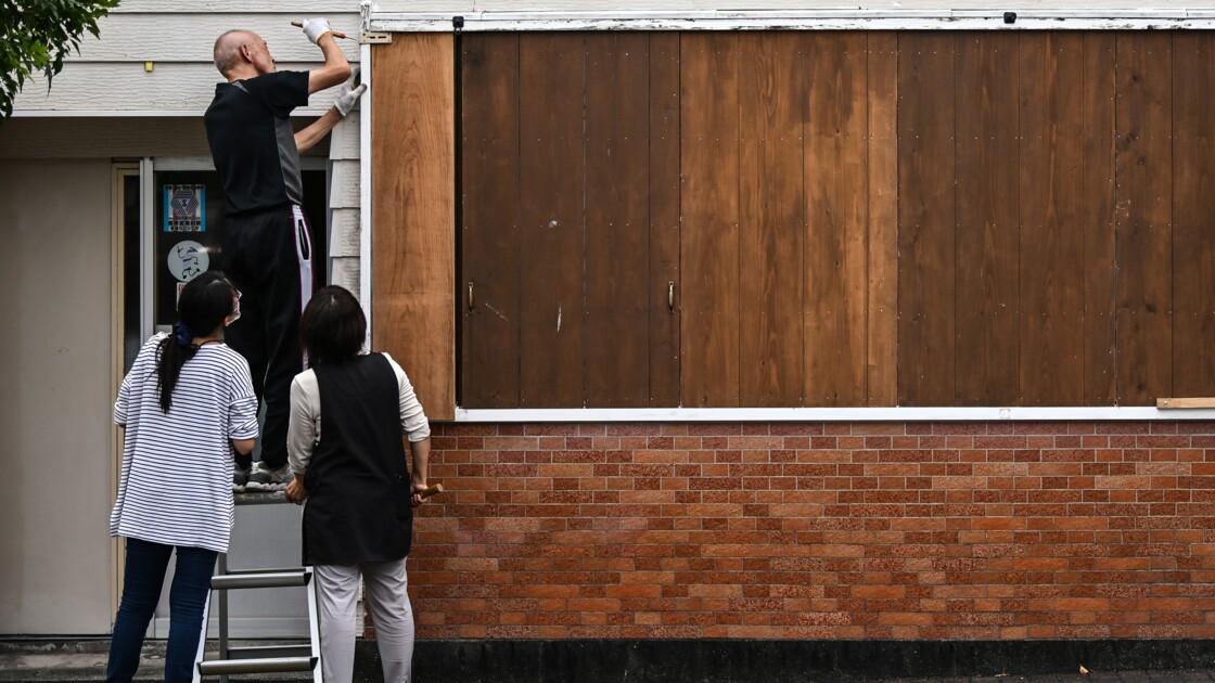 Le cyclone Haishen approche du Japon avec des vents violents et de fortes pluies
