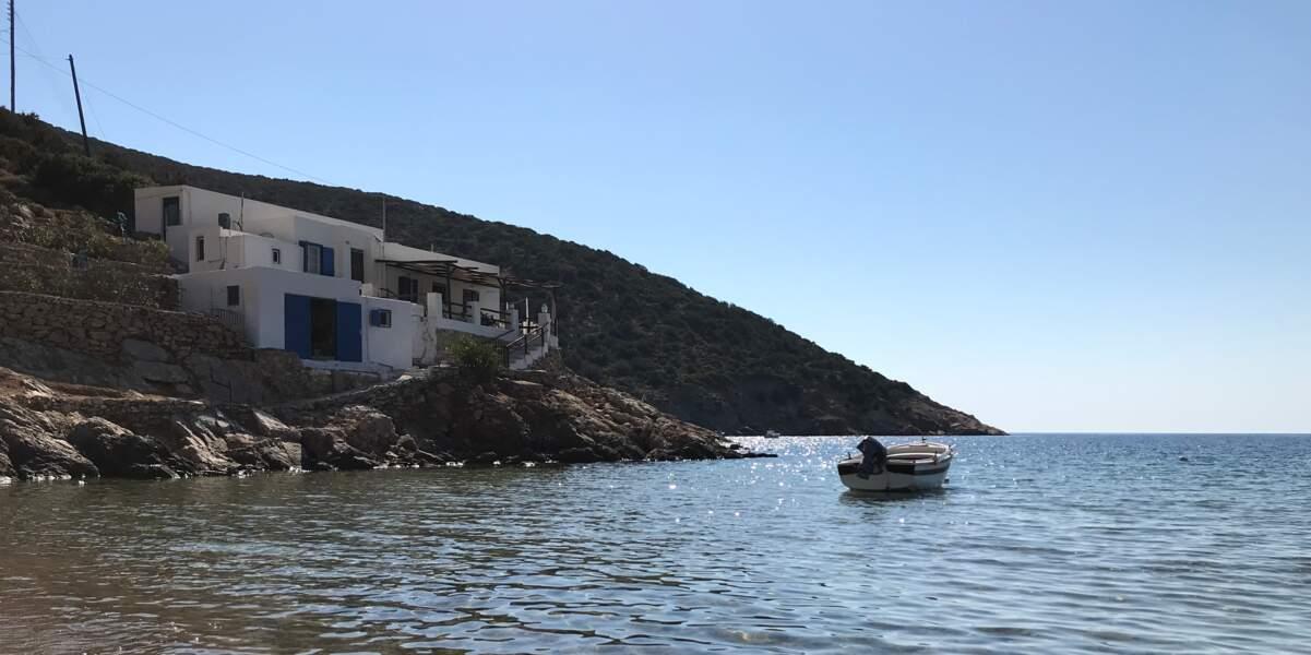 """Les plages """"confidentielles"""" de Vathi"""