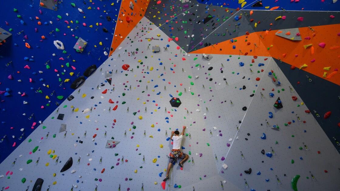 Mulhouse inaugure la plus haute salle d'escalade de France sur un ancien site industriel