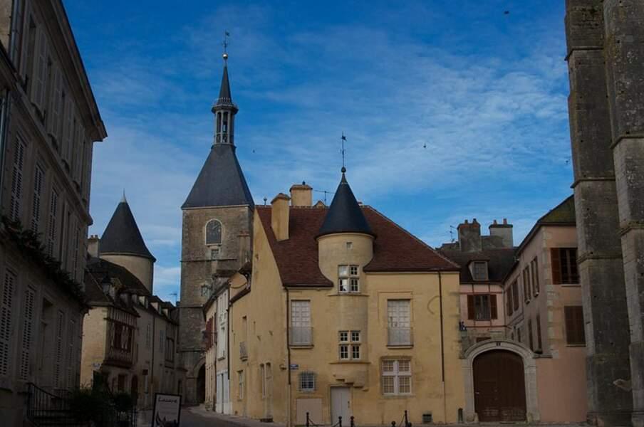 Tour de l'horloge (Yonne)