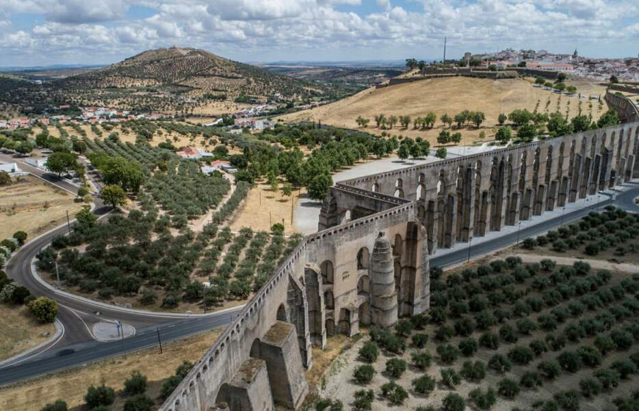 L'aqueduc d'Amoreira, le plus long de la péninsule ibérique