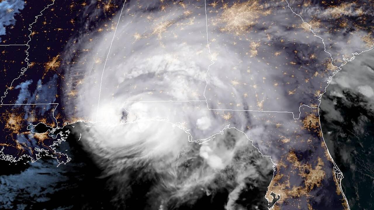 Inondations et coupures de courant: Sally s'abat sur le sud-est des Etats-Unis
