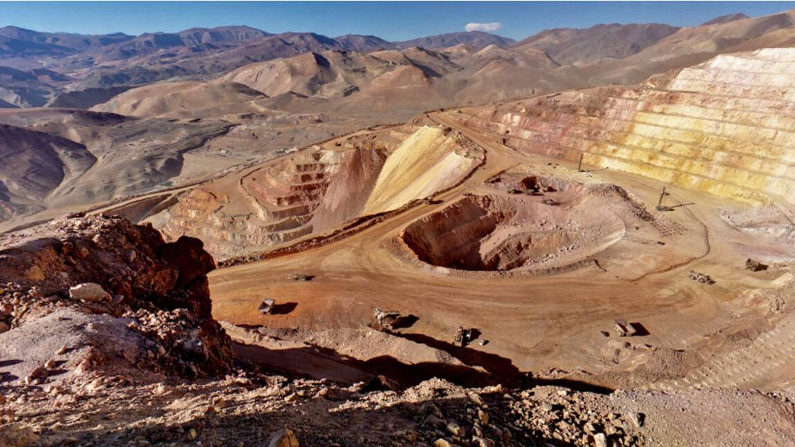 Chili: abandon du plus grand projet de mine d'or au monde