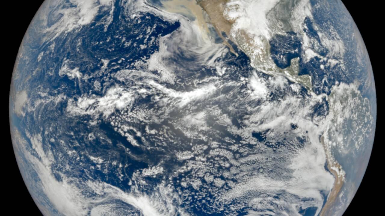 Incendies aux Etats-Unis : les images satellites impressionnantes de la NASA