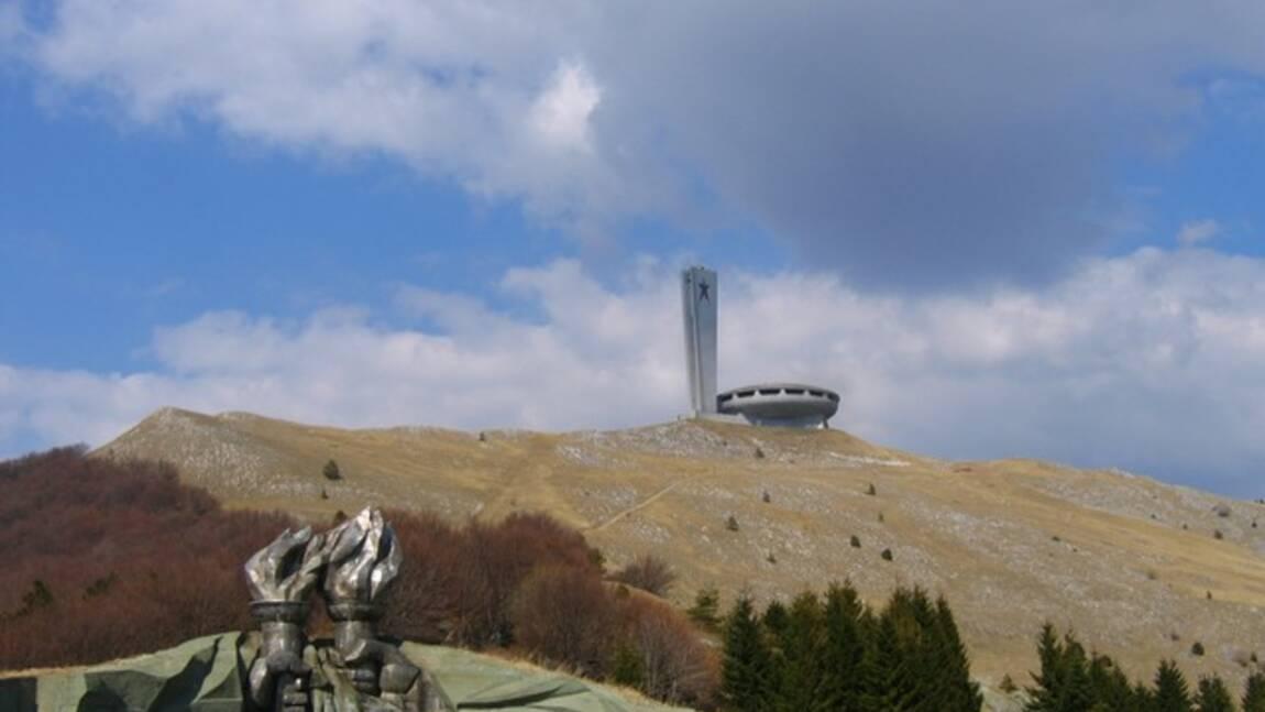 Bulgarie: opération secours pour un ovni architectural communiste