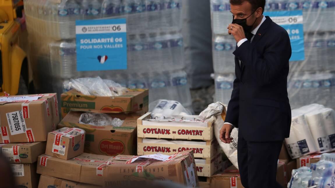 """Crues meurtrières: Macron promet de gros moyens pour reconstruire """"très vite"""""""