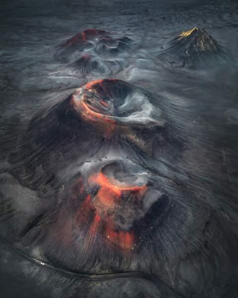 Rangée de cratères