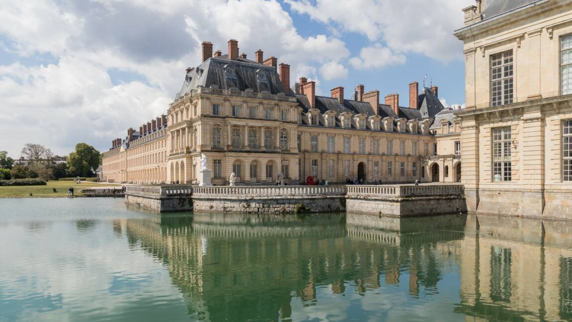 Des centaines de meubles d'exception rejoignent les châteaux de Versailles et Fontainebleau