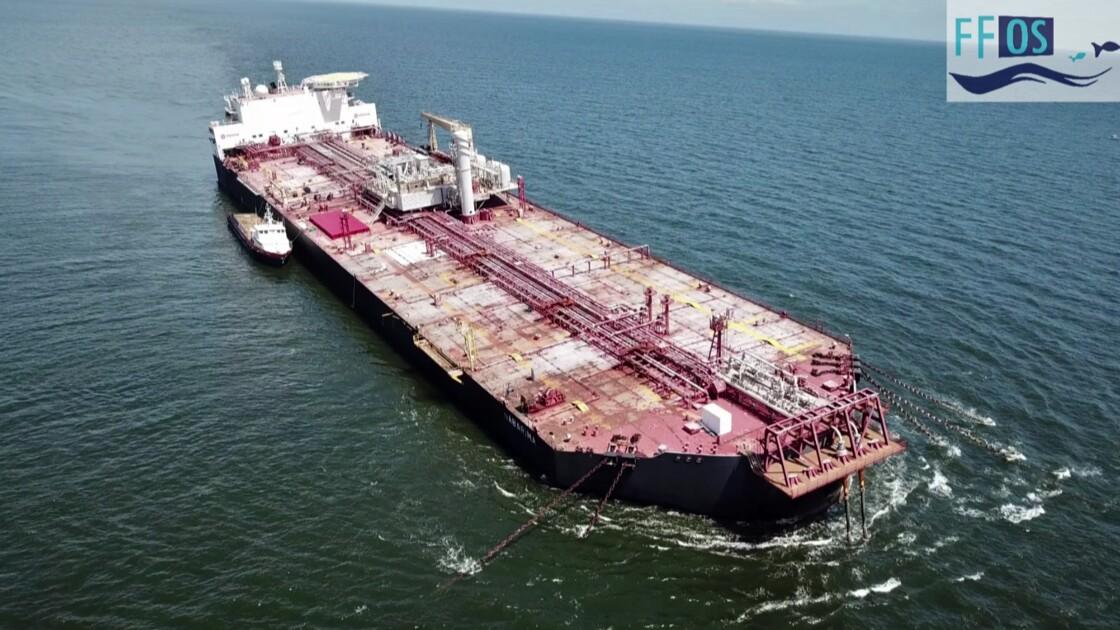 """Un pétrolier vénézuélien endommagé fait craindre une """"catastrophe environnementale"""""""