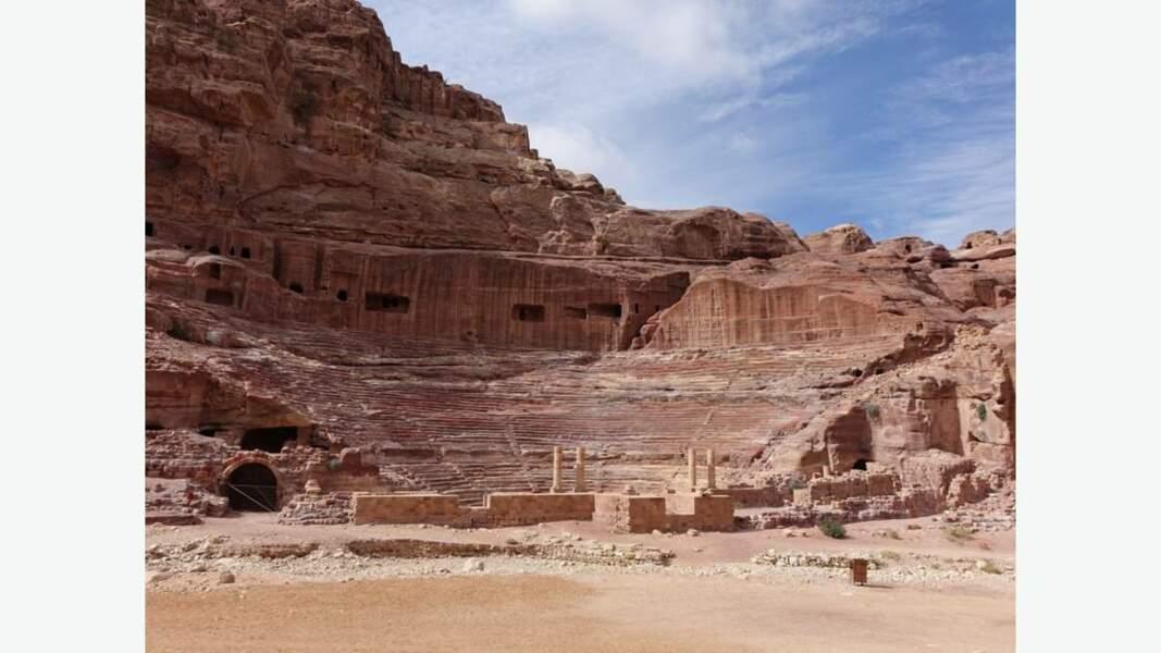 Théâtre romain (date du début du Ier siècle)