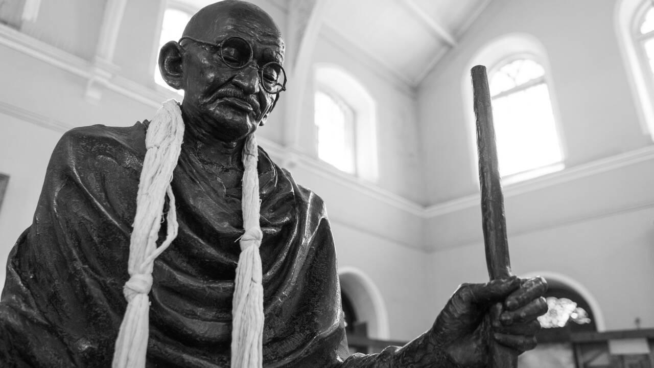 Qui était Gandhi, homme politique et apôtre de la non-violence ?