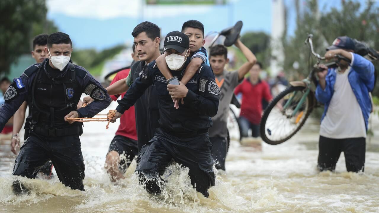 Amérique centrale: Eta a fait plus de 63 morts et poursuit sa progression