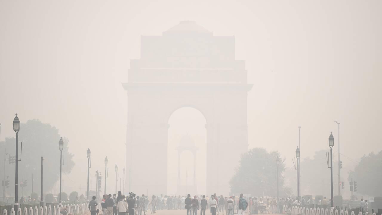 Virus en Inde: la justice interdit les pétards dans les villes polluées