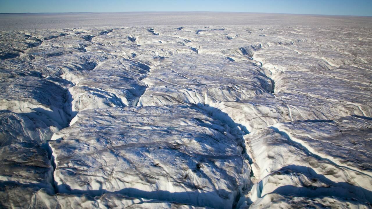 Les restes d'un immense lac disparu découverts sous 2 km de glace au Groenland