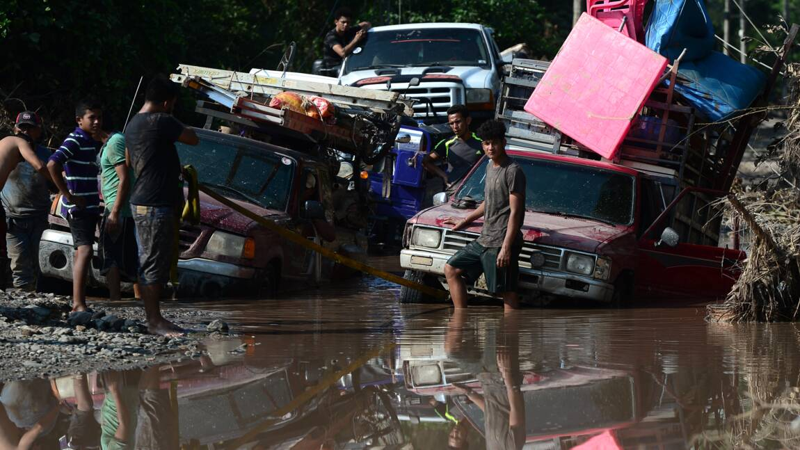L'ouragan Iota s'approche de l'Amérique centrale, durement touchée par Eta