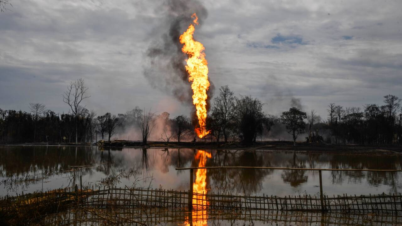 Inde: un puits de pétrole enfin éteint après 5 mois d'un gigantesque incendie
